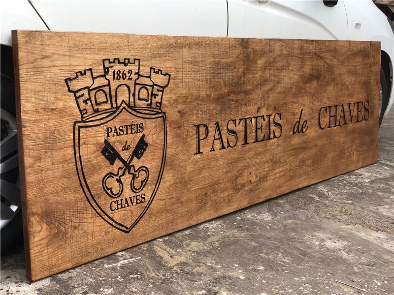 Làm bảng hiệu bằng gỗ tại Gò vấp - Q12 Q Bình Thạch